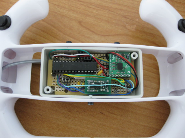 usb tilt / pan gamepad in Wii steering wheel, uses accelerometer, gyro and pic18f2550